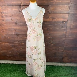 Lulu's Floral Romantic Maxi Dress with Lace